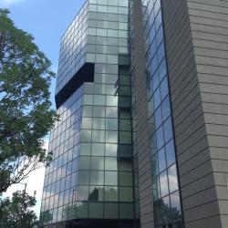 Многофункционален-търговски център, развлекателен и офис комплекс с подземен гараж